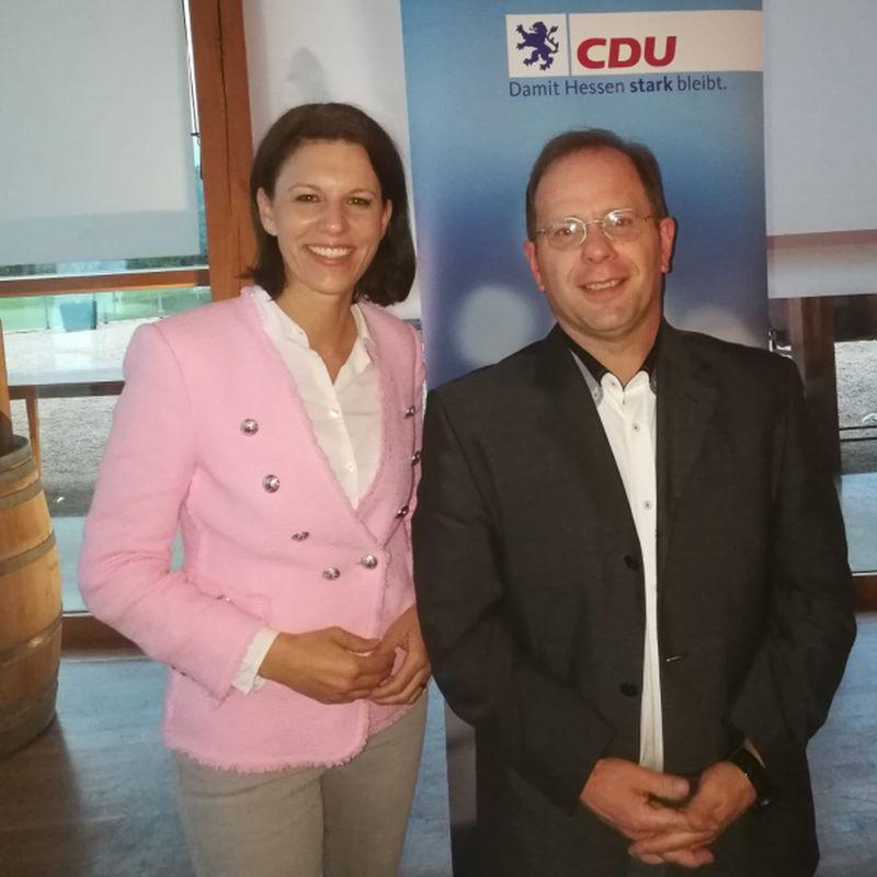 Dr. Katja Leikert und Michael Börner